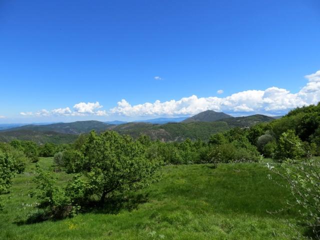 Panorama sul Parco delle Capanne di Marcarolo, sullo sfondo a sinistra il Monte Tobbio