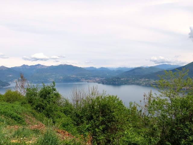 Panorama su Luino ed il Lago Maggiore da Pollino