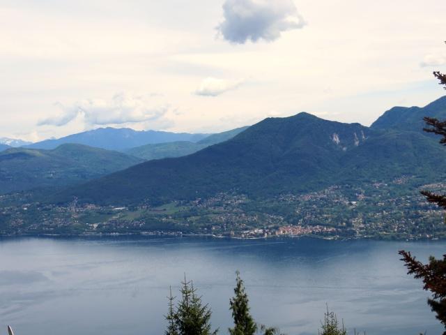Panorama su Lago Maggiore da Pollino