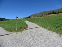 Dötra, bivio per gli alpeggi di Croce Portera