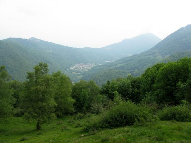 Gola di Lago, panorama sulla Val d'Isone