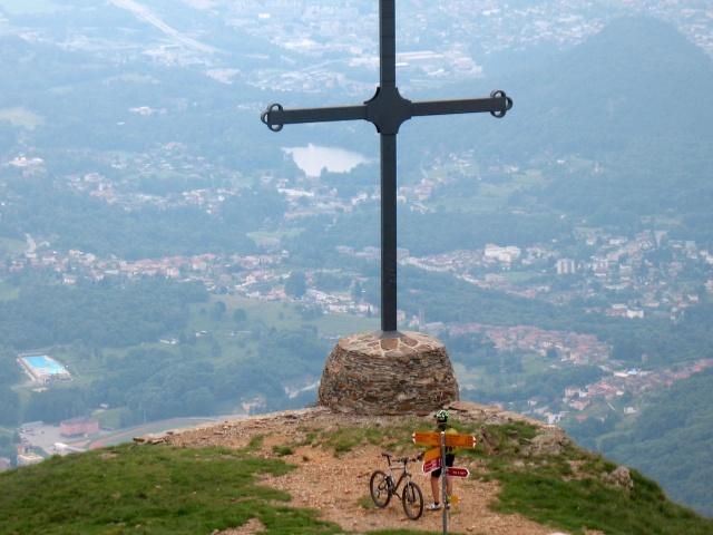 Motto della Croce - La citta di Lugano sullo sfondo