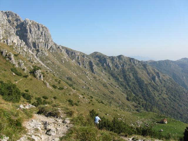 Panoramica del traverso non ciclabile sotto il Monte Zuccone