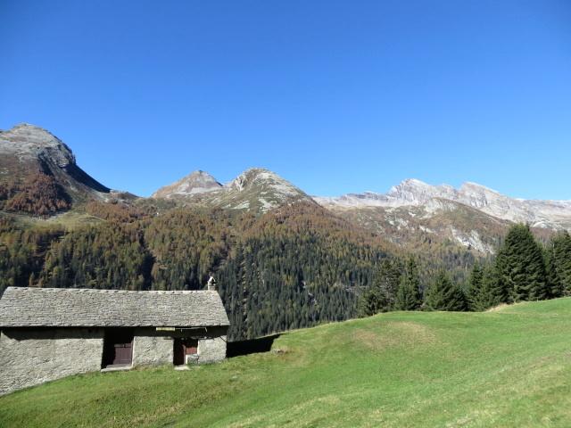 Panoramico scorcio dagli alpeggi del Forestin