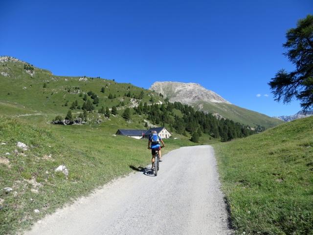 In direzione dell'Alpe Laret