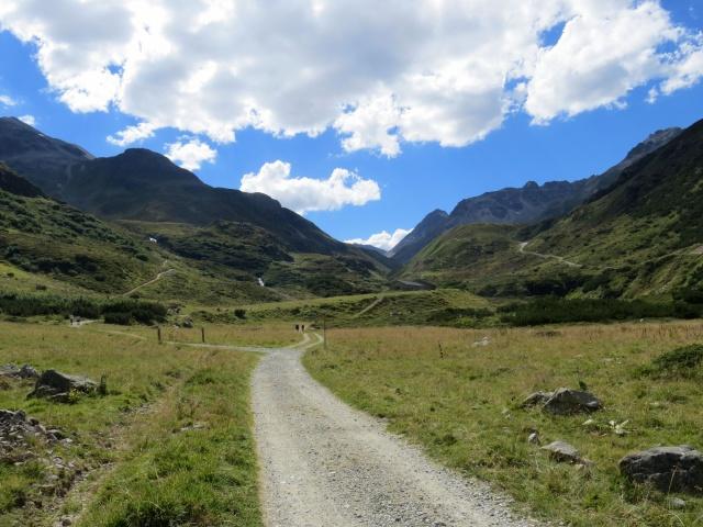 Panorama sulla parte finale della Val Bever