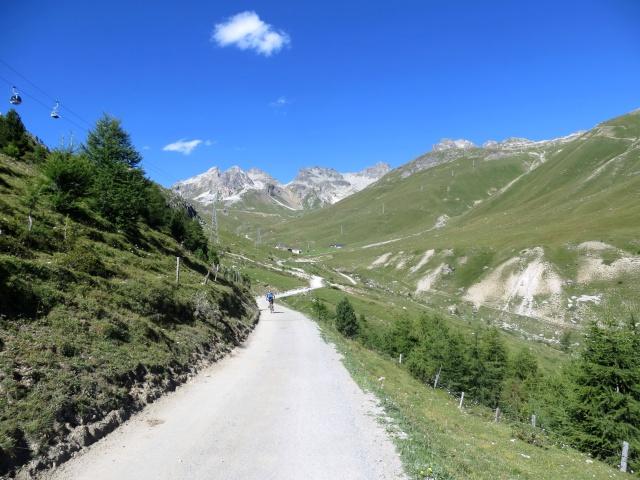 Tratto di salita che conduce all'interno della Val Saluver