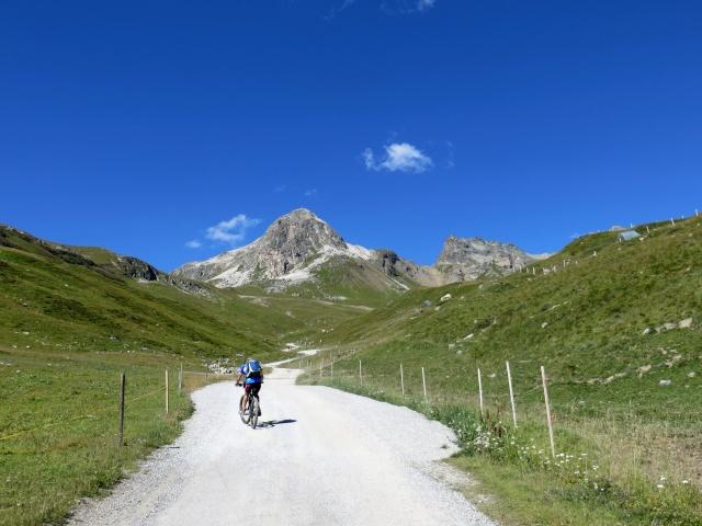 Val Saluver, in direzione della Sesselbahn Glüna