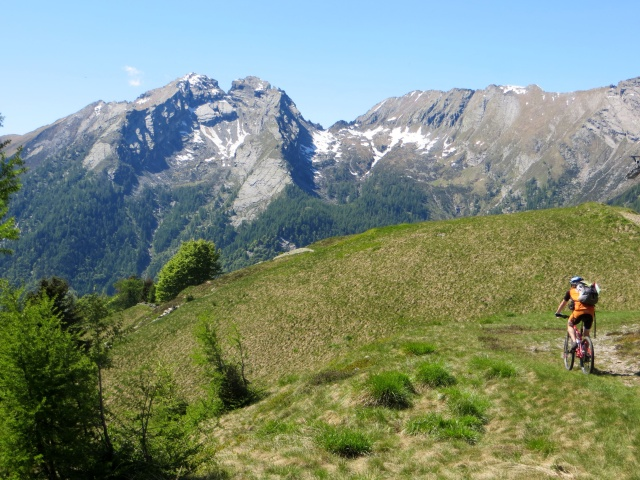 Arrivo all'Alpe Colma di Dentro, panorama