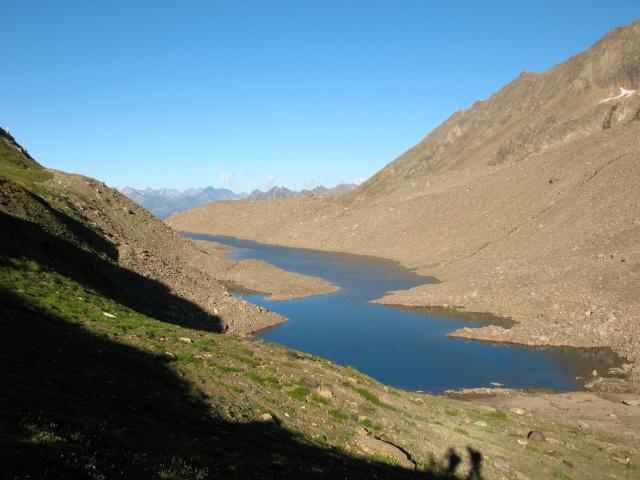 Laghetto alpino in prossimità del Passo del Corno