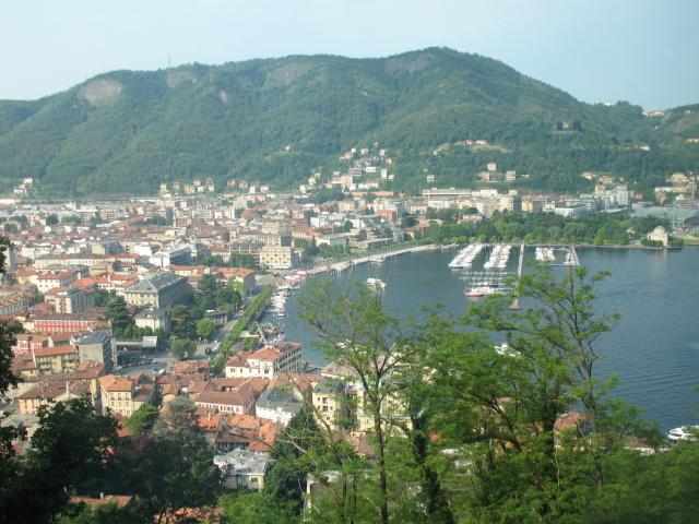 Panoramica di Como dalla funicolare