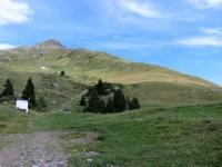 Piani di Artavaggio, inizio del tratto ripido di sentiero per il Rifugio Gherardi