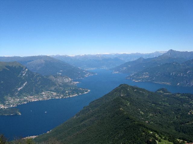 Alto lago di Como dalla cima del San Primo
