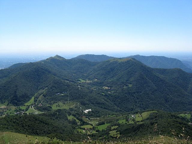 Le Prealpi dalla vetta del San Primo - Monte Palanzone, Monte di Palanzo, Monte Bolettone, Monte Boletto