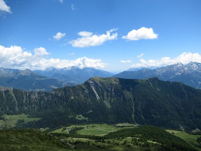 Panorama dalla cima del Monte Morion - vista sulla sottostante Valle di St. Barthélemy