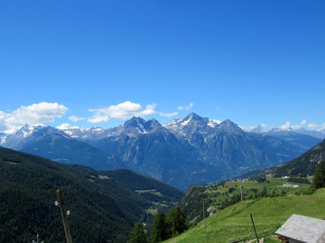 Panorama sul Monte Emilus pedalando verso l'alpe Champ-Combre