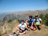 Sentiero sotto il Monte Pietravecchia, il team