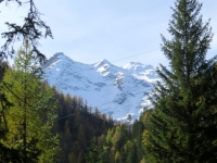 Salita all'Alpe Piota, panorama sul Pizzo Campolungo e sul Pizzo Forno innevati