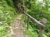 Sentiero dopo Pianturino che attraversa l'omonima valle