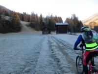 Lungo la ciclabile a fianco del Rodano tra Reckingen e Retzingen  - l'autunno è arrivato.....