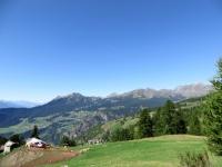 Panorama sulla vallata, in prossimità dell'Alpe Croux