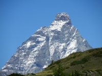 Alpe Champlong - il Cervino appare in tutta la sua maestosità