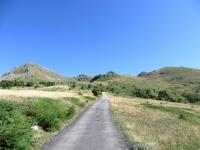 Parte finale della salita all'Alpe Champ Chellier Superiore - sullo sfondo il Col Portola ed il Monte Zerbion