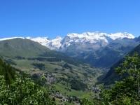 Panorama sull'alta Val d'Ayas e sulla catena del Monte Rosa dallo sterrato proveniente dal Col de Joux
