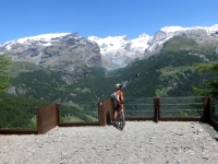 Grandiosa e privilegiata balconata sulla catena del Monte Rosa - Gobba di Rollin (3.899), Breithorn centrale (4.159) e ghiacciaio del Ventina, Roccia Nera (4.075), Polluce (4.092), Castore (4.228)