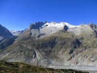 La catena che sovrasta il lato ovest della parte  terminale del ghiacciaio - Fusshorner, Grosses Fusshorn, Rotstock, Geisshorn, sulla sinistra l'Oberaletschgletscher