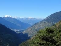Panorama su Briga e sui rilievi alpini vallesani salendo a Martisberg
