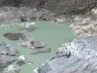 Tratto finale del ghiacciaio del Rodano, il lago prima delle cascate