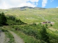 L'Alpeggio che si incontra seguendo la strada per il Lago Retico