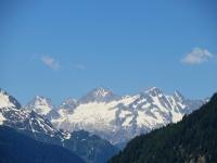 Rilievi della Val Bedretto visti da Tarnolgio (Pizzo Rotondo sx, Pizzo Pesciora dx)