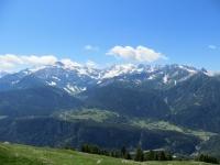 Panoramica sull'Alpe Cadonigo, sul Pizzo Forno e sul Gruppo del Campo Tencia da Somprei