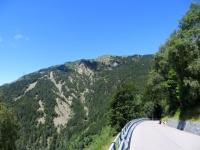 Discesa verso Indemini, vista sul Monte Gambarogno