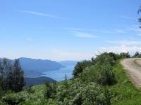 Sterrato in direzione del Passo Forcora, panorama sul Lago Maggiore