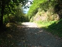 Inizio tratto sterrato per l'Alpe Giumello da Indovero