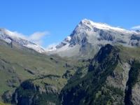 Mont Gelè ed ai suoi piedi - visibile - si trova l'Alpe Thoules, meta di giornata