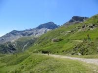 In località Combe de Crèvecoeur in prossimità del bivio per il Forte Malamot