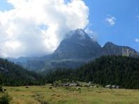 Alpe Veglia, Nucleo di Cianciavero - sullo sfondo il Monte Leone