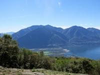 Monti di Motti - vista sul Piano di Magadino, sul Monte Tamaro ed il Gambarogno