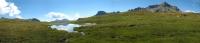 Lago alpino verso Alpe della Satta - panoramica