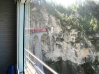 Passaggio in treno sul famoso Landwasser Viadukt
