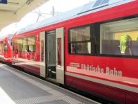 Arrivo a Davos Platz con la mitica Ferrovia Retica (Rhätische Bahn)