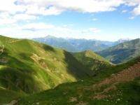 Monte Legnone (sinistra) e la Grigna (destra) dal Passo di San Jorio