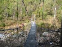 Il caratteristico ponte artificiale sul torrente Sessera