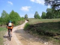 """Salita lungo la """"passeggiata degli alpeggi"""" da Coiromonte verso il Monte del Falò"""