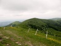 Monte Ebro - panorama su Monte Cosfrone con Monte Giarolo sullo sfondo