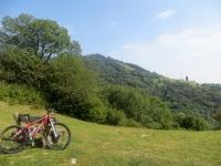 Vista dalla sella Cavazza sul Bisbino e l'Alpe Böcc